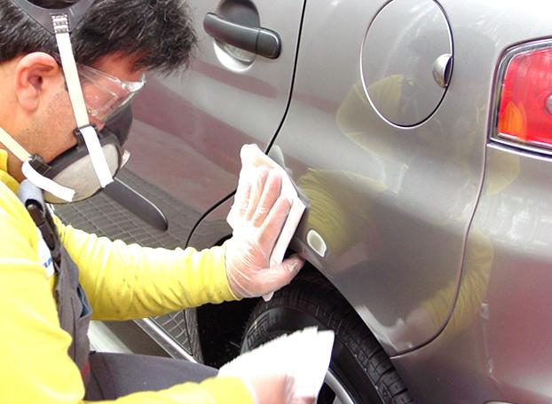 Удаление мелких царапин с кузова автомобиля своими руками